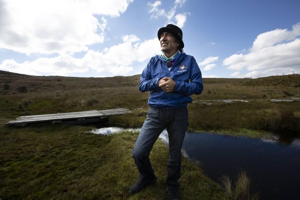 Yaku Pérez acompaña a las comunidades a verificar que la empresa canadiense INV Metals Inc. no haya retomado sus actividades en el páramo de Quimsacocho.