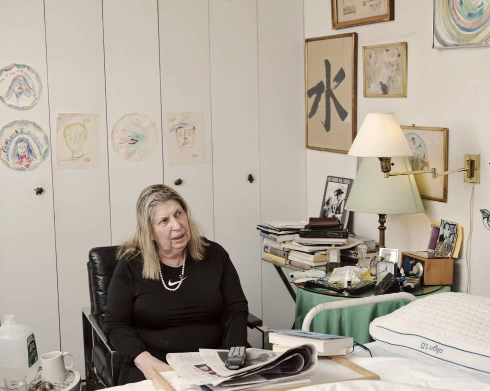 Sandra Hochman en su casa de Nueva York.