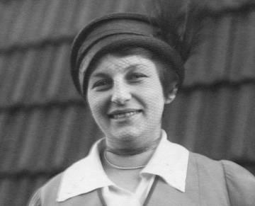 Imagen de Lilly Reich tomada en 1914.