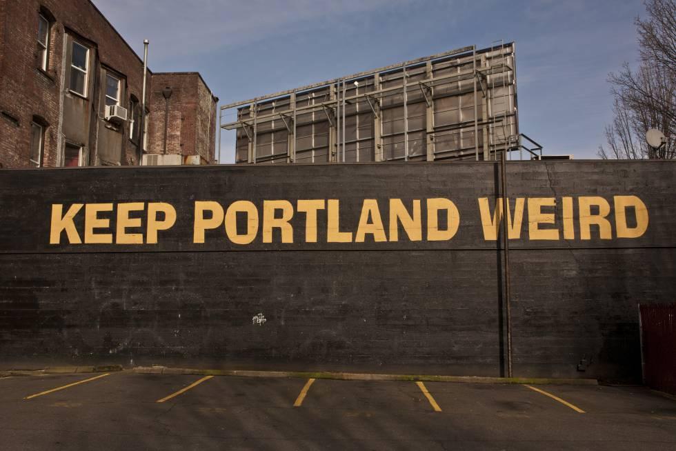 Un mural nos recierda dónde estamos y cómo quieren los lugareños que sea la ciudad.