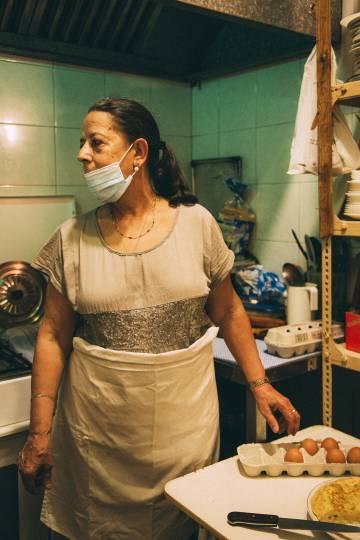 Izaskun Arnaiz, en la cocina.