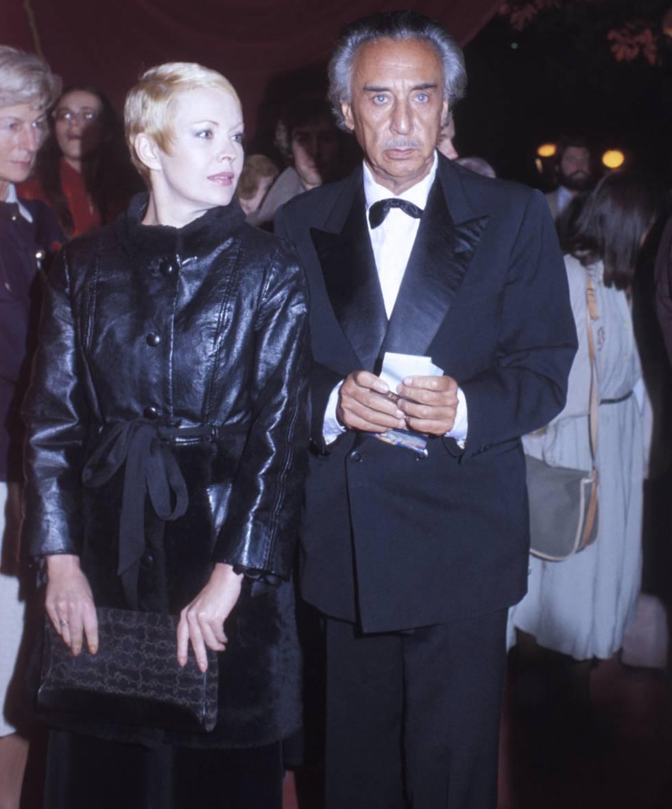 Jean Seberg con el escritor francés Romain Gary, que fue uno de sus maridos e investigó su muerte.
