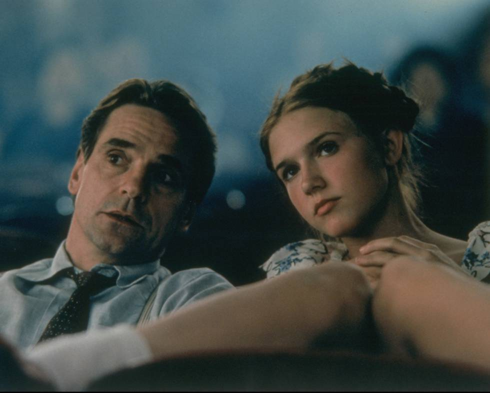 Jeremy Irons y Dominique Swain en una escena promocional de 'Lolita' (1997).