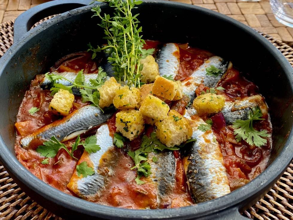 Cazuela de sardinas a la moruna. J.C. CAPEL