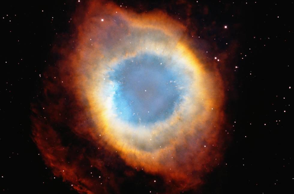 Nebulosa del Anillo (M57), en la constelación de Lira.