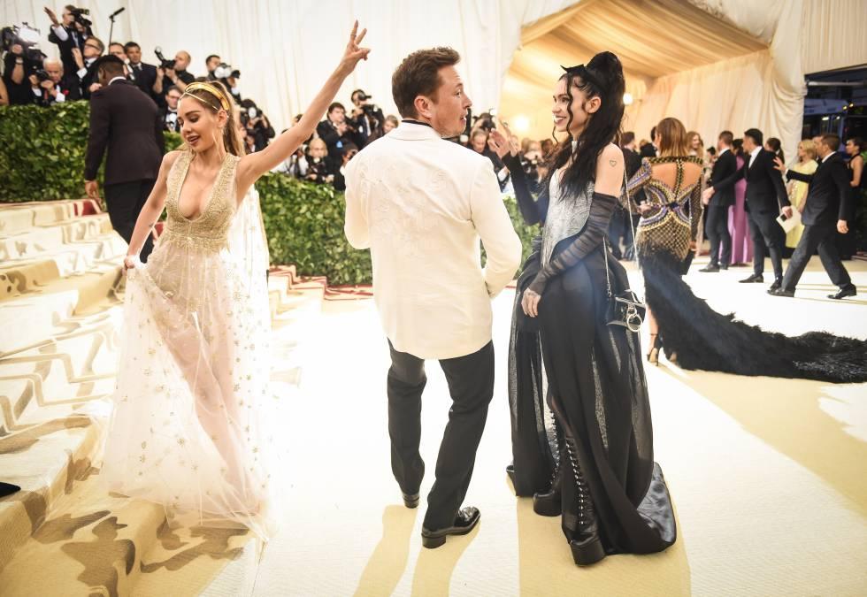 Elon Musk y Grimes en su primera aparición juntos. La gala del MET de Nueva York de 2018.