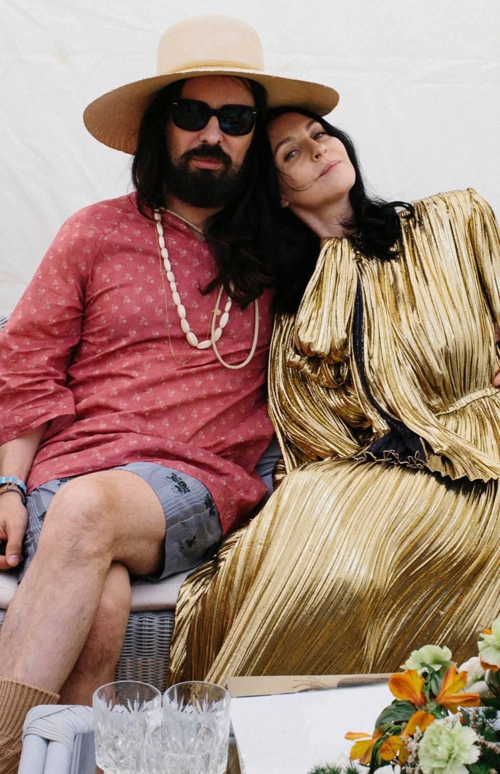 Susie Cave junto a Alessandro Michele, director creativo de Gucci, el día del rodaje.