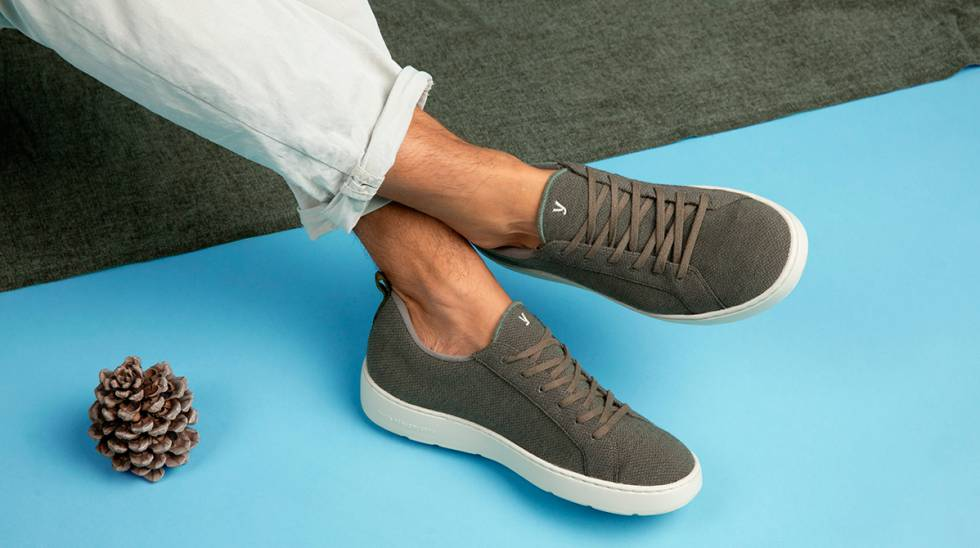 Suela de caña de azúcar y tejido de lana merina: así son las zapatillas más cómodas y naturales 'made in Spain'
