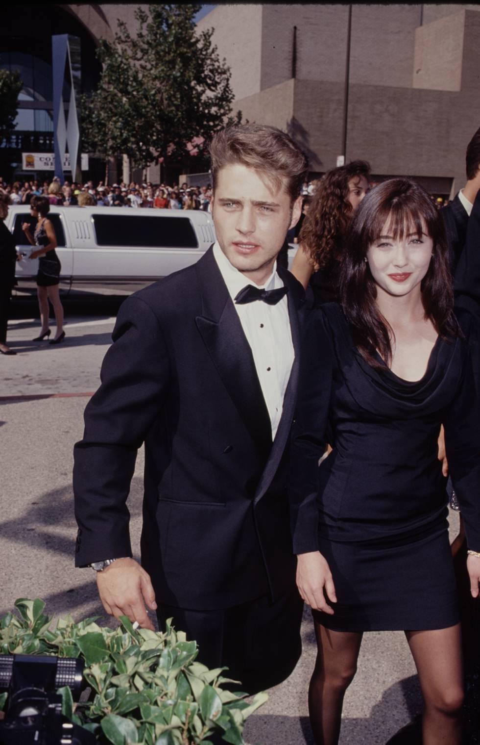 Jason Priestley y Shannen Doherty, los hermanos protagonistas de la serie, se convirtieron en estrellas mundiales a principios de los años noventa.