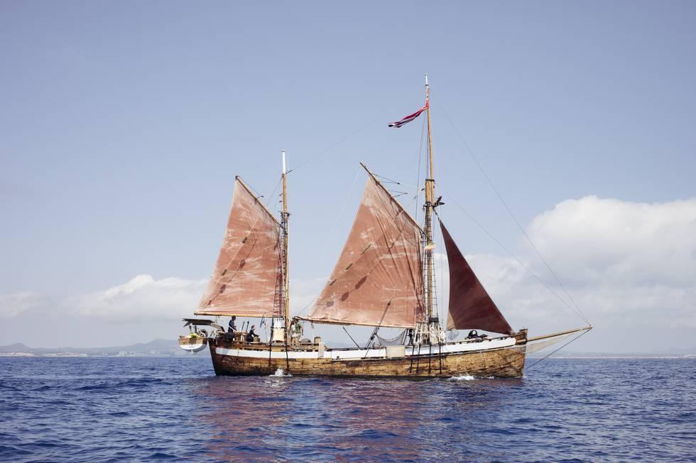 La aventura de proteger el Mediterráneo en un velero de 110 años