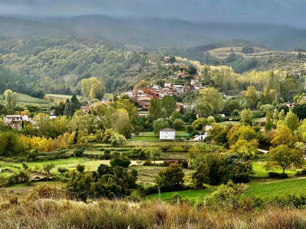 Daroca a las faldas de la Sierra de Moncalvillo. J.C. CAPEL