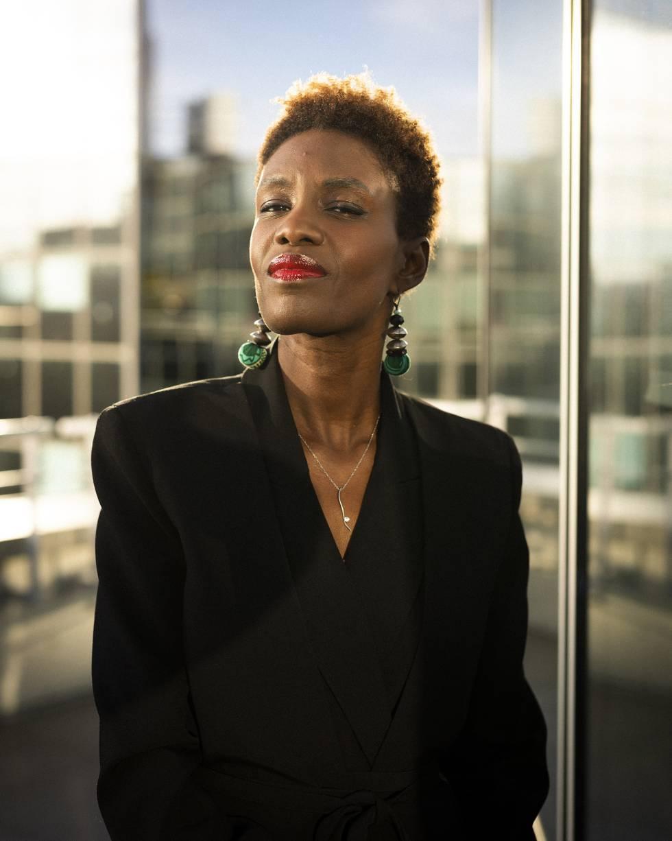 Rokhaya Diallo, antes de un programa de televisión en París.