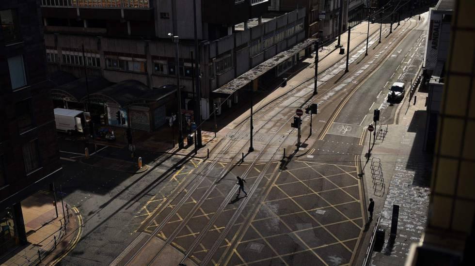 Una de las fotografías del año de AFP 2020 muestra las calles de Manchester vacías, el pasado 2 de abril de 2020.