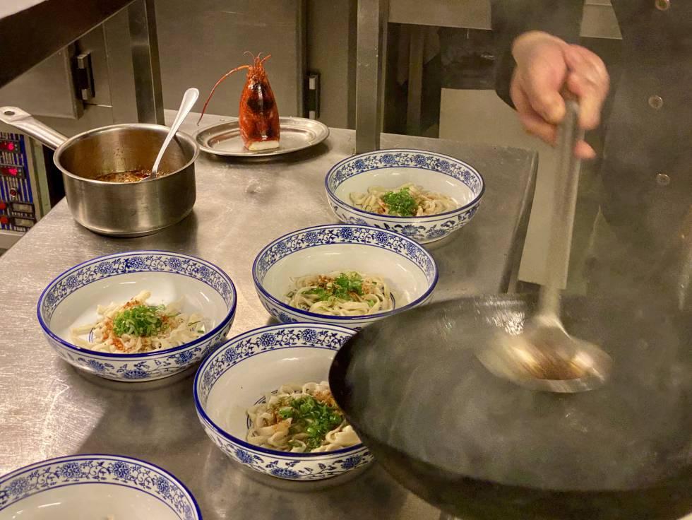 Preparing the ramen, in Soy Kitchen.  JC CAPEL