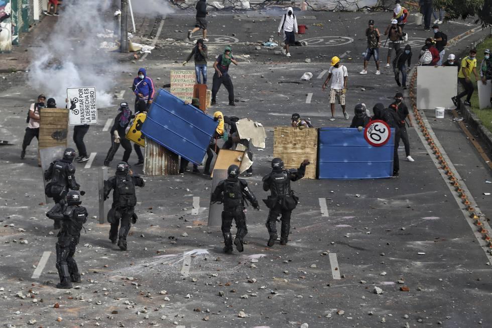 Fotos: Las protestas recrudecen en Colombia   Actualidad   EL PAÍS