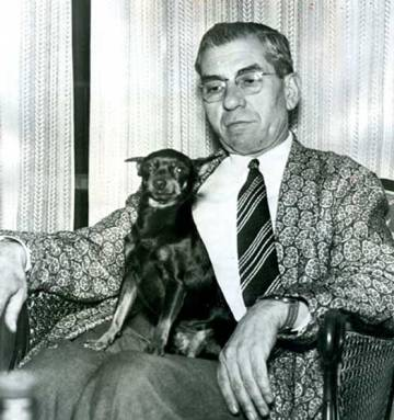 Charles Lucky Luciano, luego de ser liberado de prisión en 1946.