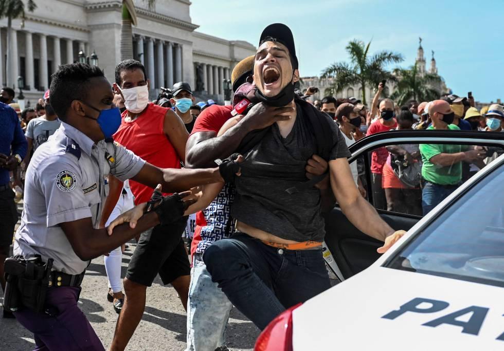 Fotos: Las protestas contra el Gobierno en Cuba, en imágenes   Internacional   EL PAÍS