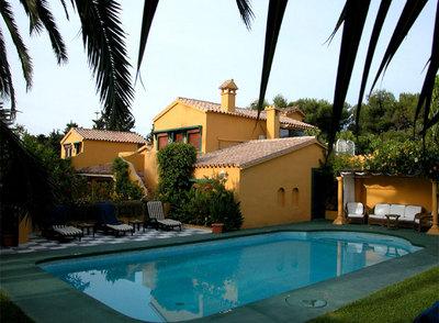 De costa a costa 15 hoteles con encanto cerca del mar el viajero el pa s - Hoteles con encanto y piscina ...