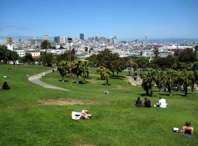 Vistas al 'downtown' de San Francisco, desde Dolores Park, en Mission