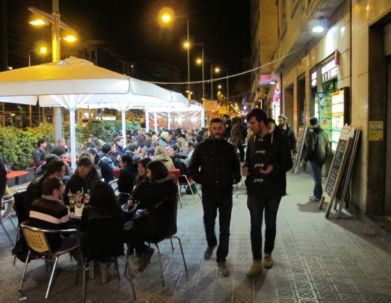 Tapas anticrisis por barcelona el viajero el pa s for Locales baratos en barcelona