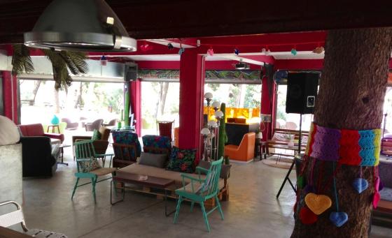 Conciertos gratis desde una mecedora en zaragoza el for Mecedora terraza