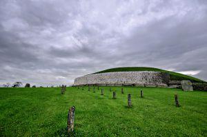 Yacimiento prehistórico de Newgrange, Irlanda.