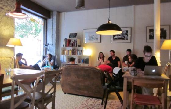 10 librerías de Madrid en las que consultar al camarero   El