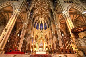interior de la catedral de san patrickus en manhattan nueva york