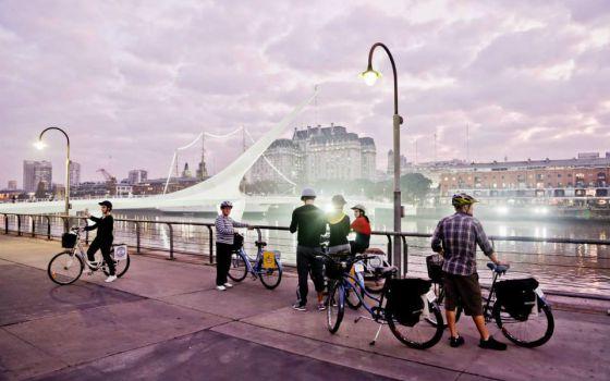 'Tour' guiado en bici por Buenos Aires.