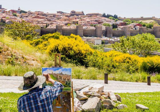 La muralla de Ávila desde los Cuatro Postes