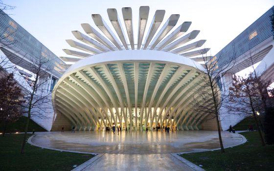 Turismo en asturias oviedo unas sidrinas en el chigre el viajero el pa s - Arquitectos en oviedo ...