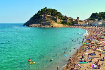 Playa Grande in Tossa de Mar (Costa Brava).