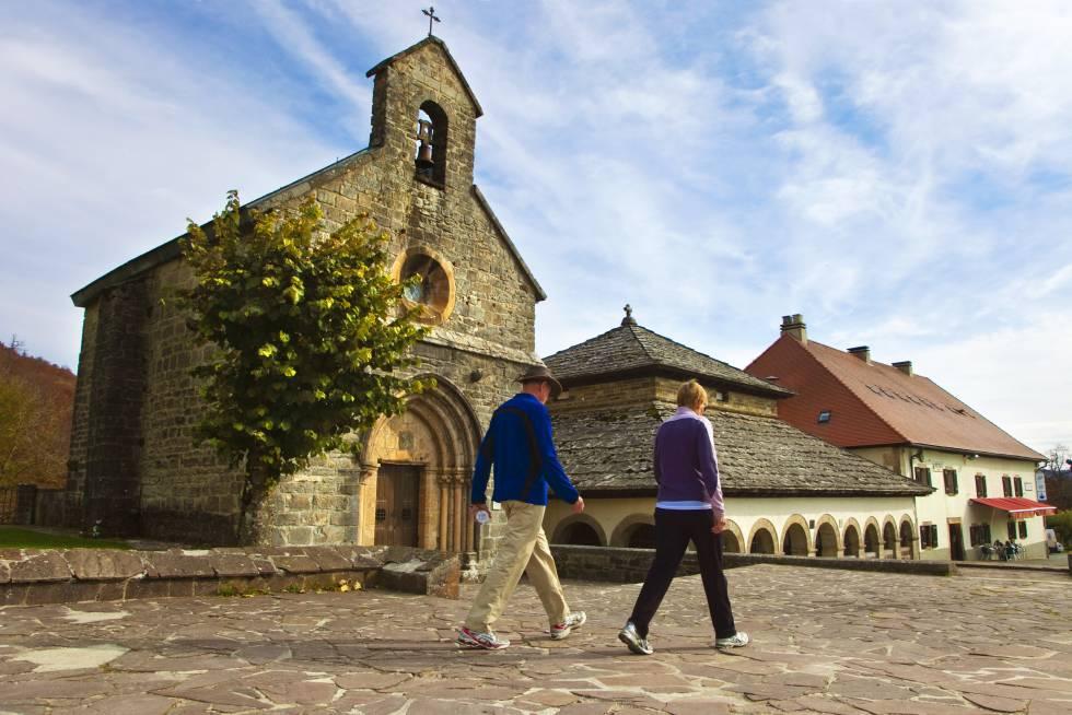 Reyes, guerreros y caminantes en Roncesvalles | El Viajero | EL PAÍS