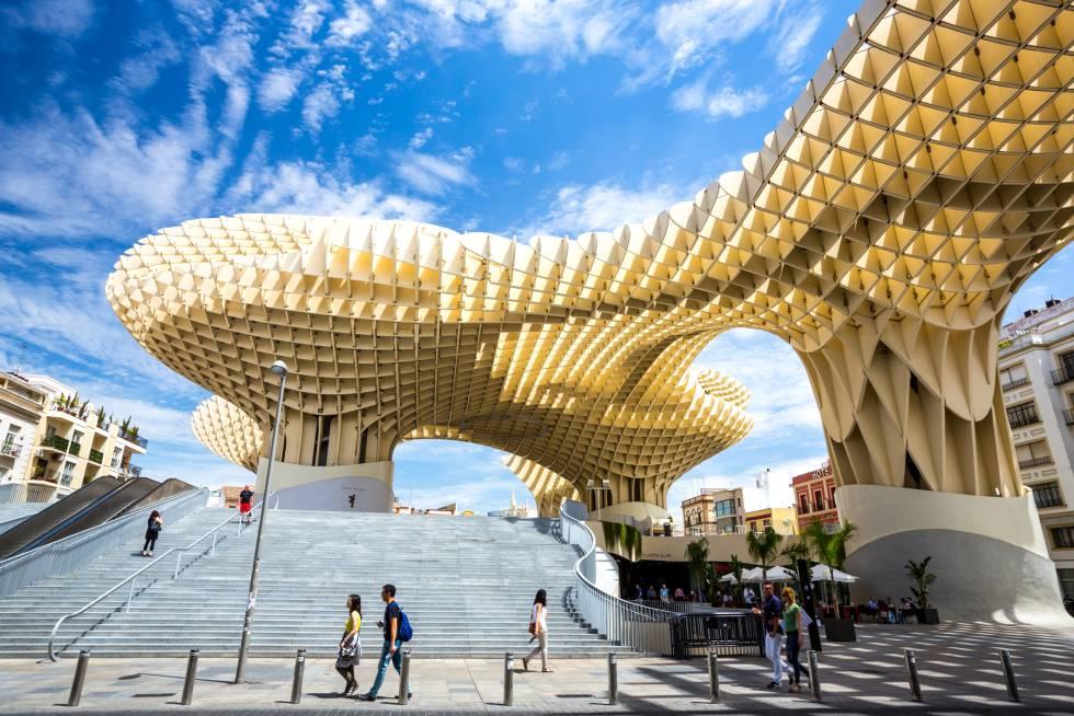Vista del proyecto Metropol Parasol, conocido como las Setas de Sevilla, proyectado por el arquitecto Jürgen Mayer en la plaza de la Encarnación.