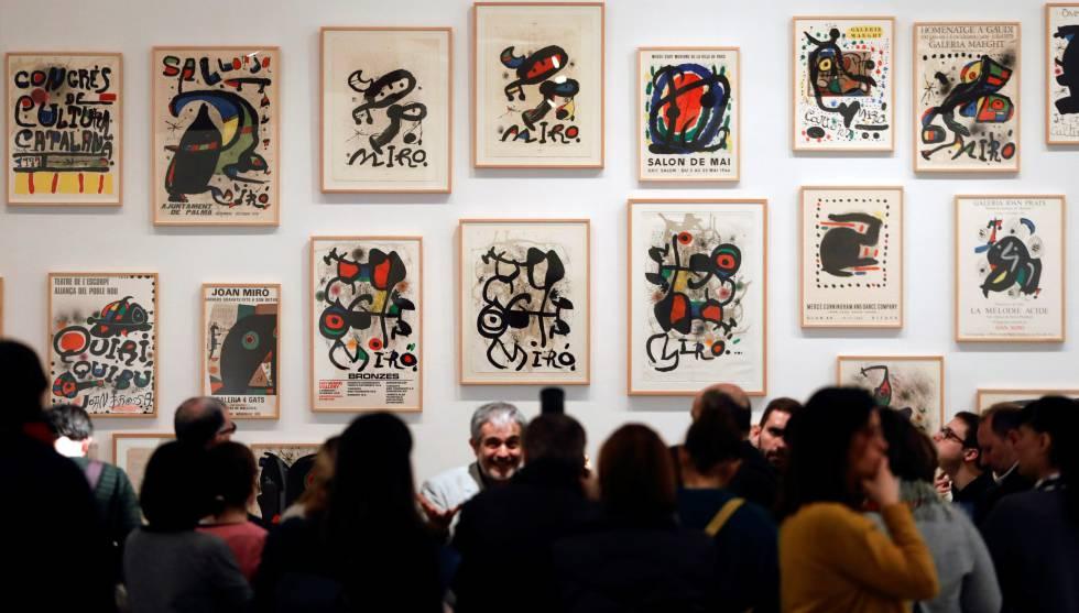 El comisario de 'Joan Miró, orden y desorden', Joan Maria Minguet, presenta la exposición en el IVAM.