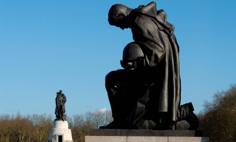 Memorial soviético en el parque Treptow, en Brlín.