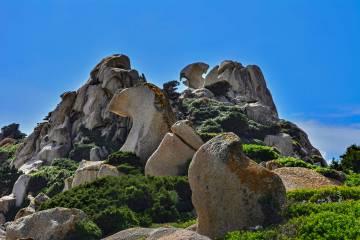 Formazioni rocciose nella Valle della Luna, in Sardegna.