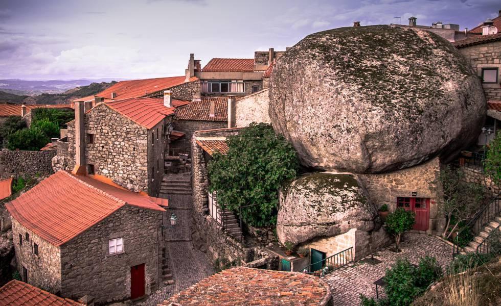Casas del pueblo de Monsanto, en Portugal.
