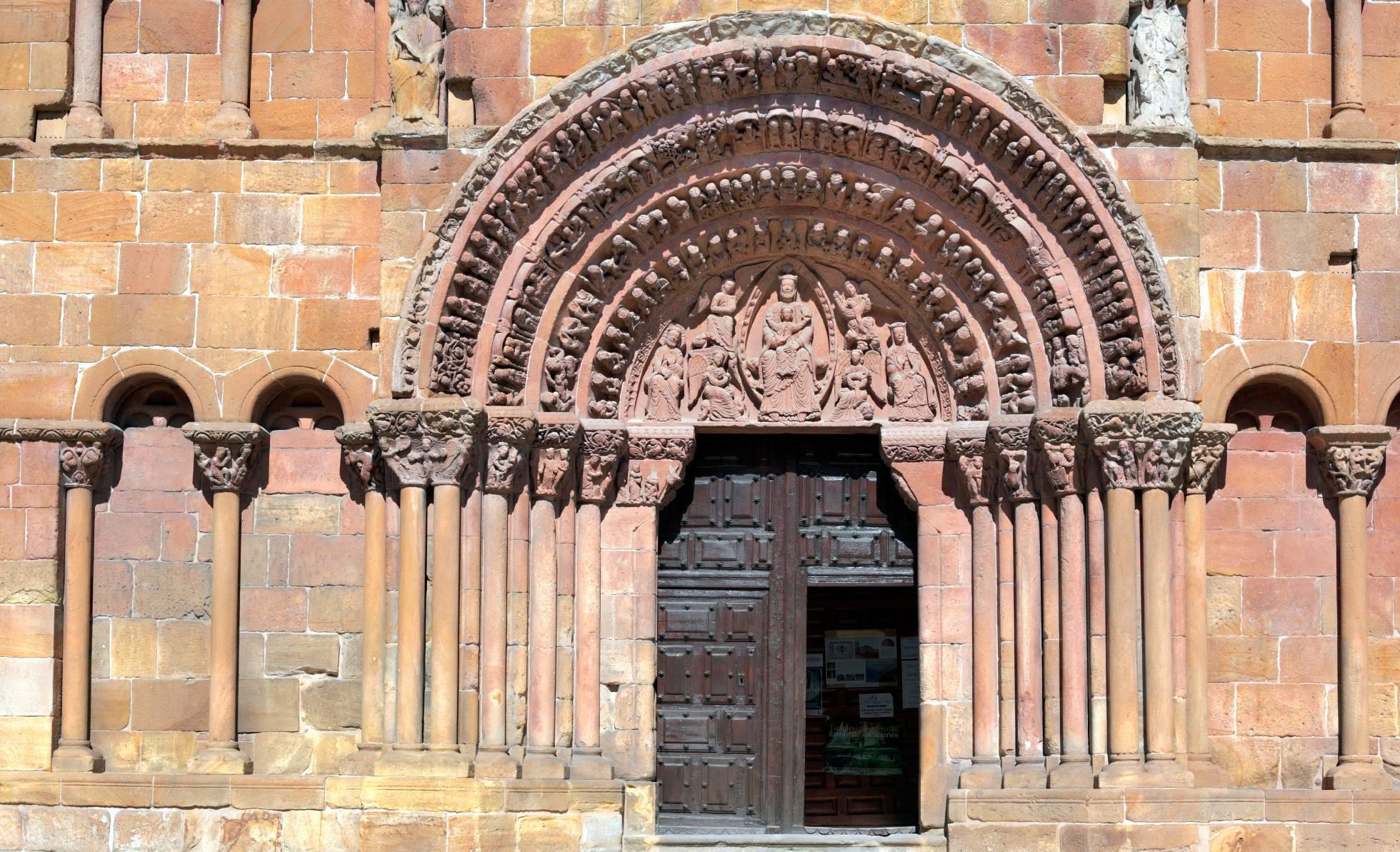 Fotos: 21 iconos del románico español