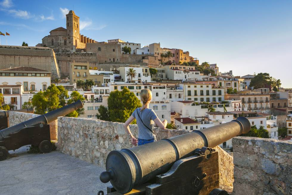 Ibiza, otoño en la ciudad balear