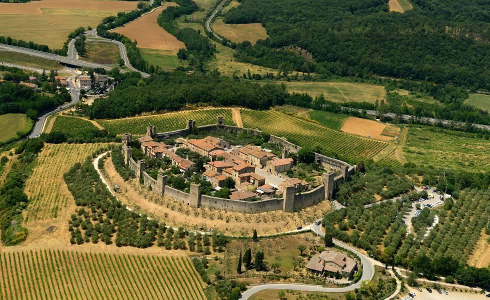 Vista aérea de Monteriggioni, en la Toscana.