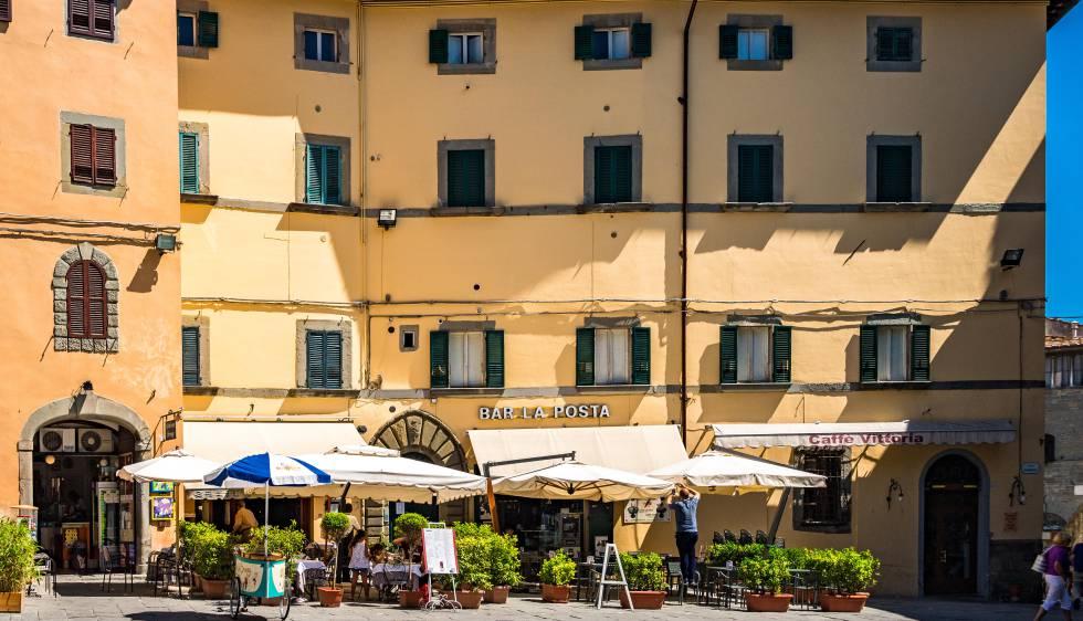 Una plaza del pueblo toscano de Cortona.