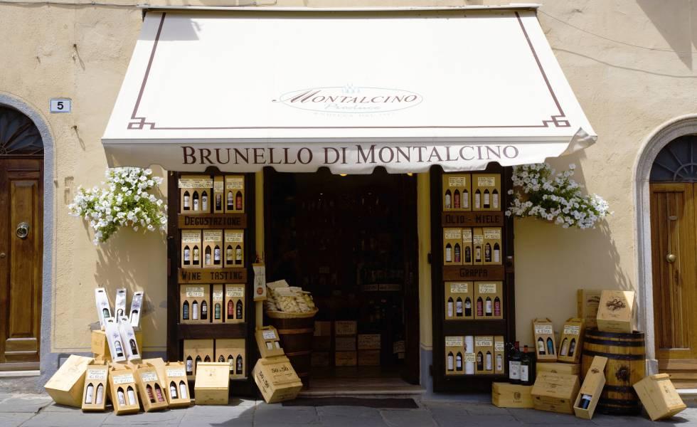 Una tienda de vinos en Montalcino.