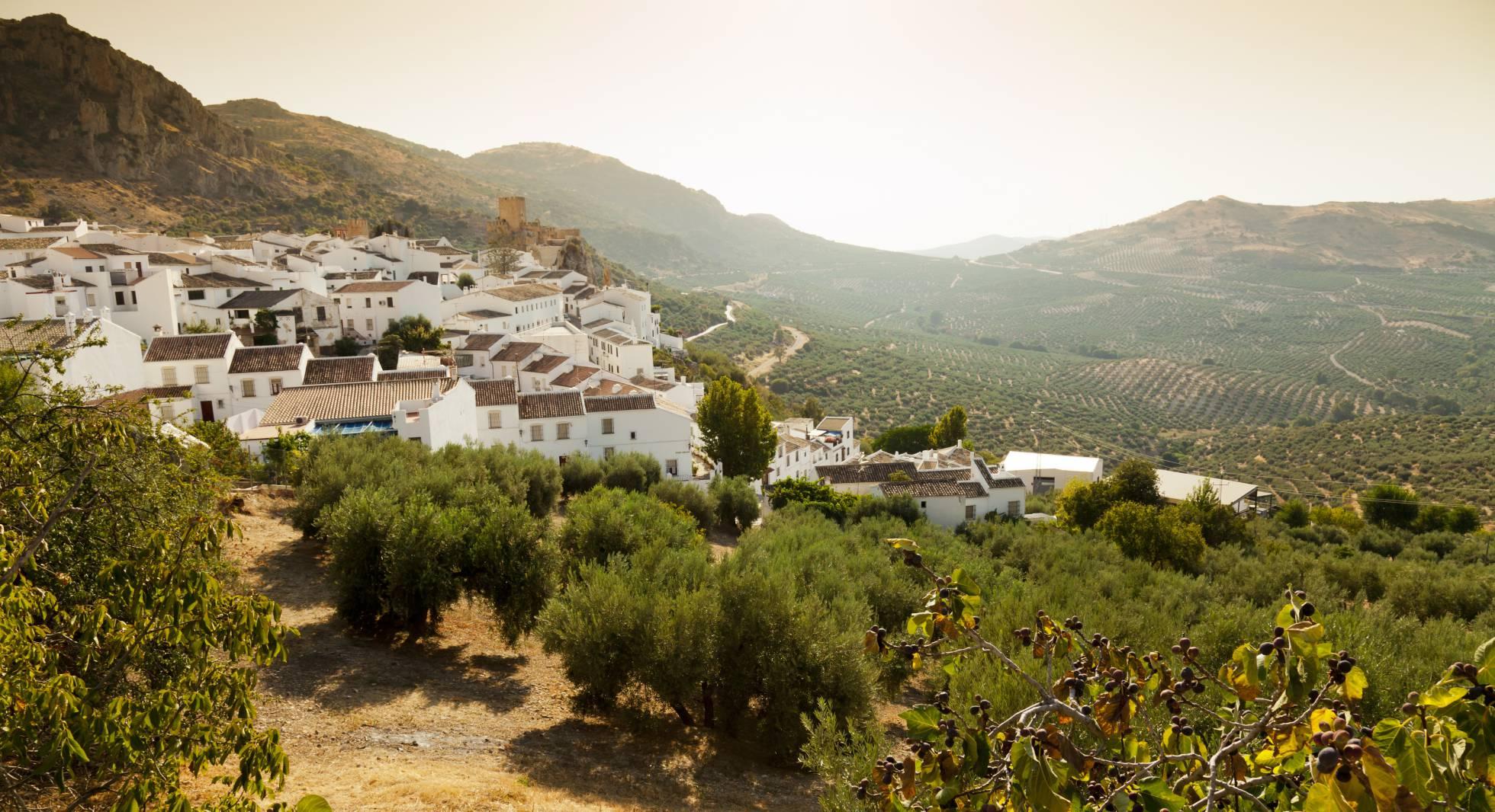 Los 10 pueblos más bonitos de Andalucía según los lectores de EL PAÍS