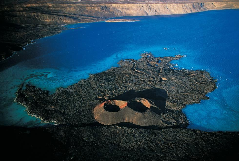 Isla del Diablo en la bahía de Ghoubbet (Yibuti).