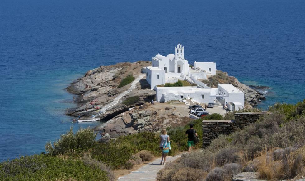 El monasterio de Moni Chrysopig, en la isla de Sifnos.