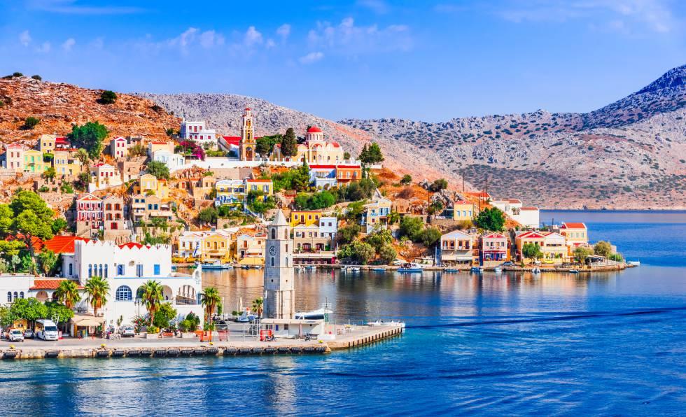 El puerto de Gialos, en la isla griega de Symi.