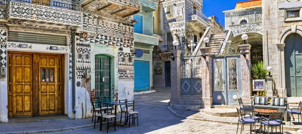 Las calles del pueblo de Pirgi, en la isla de Quíos (Grecia).