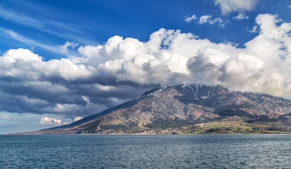 Vista de la isla de Samotracia (Grecia), en una esquina nororiental del Egeo.