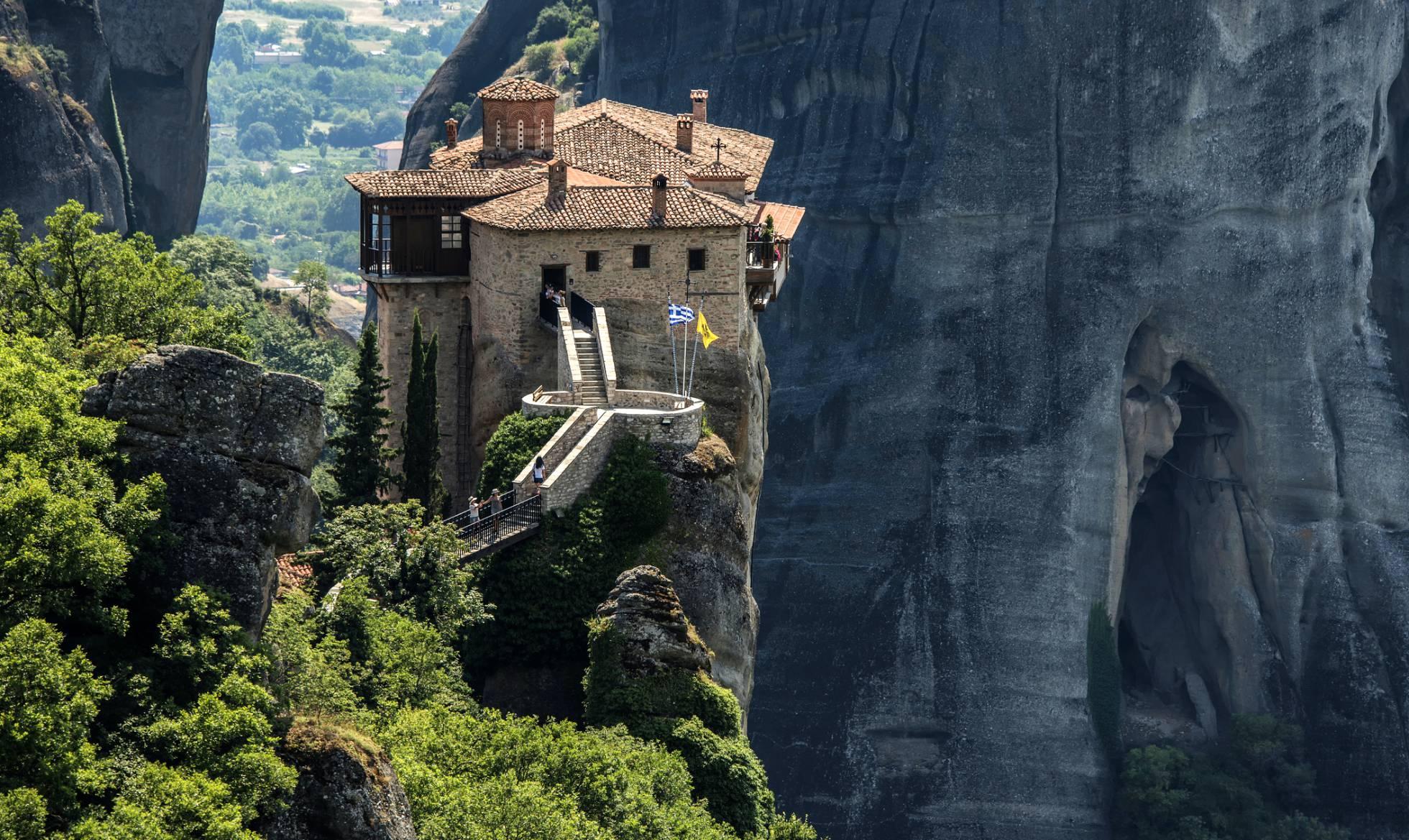 Once monasterios alucinantes que merecen una visita